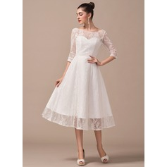 A-Line/Princess Scoop Neck Tea-Length Lace Wedding Dress