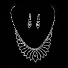 Flower Shaped Alloy With Rhinestone Women's Jewelry Sets