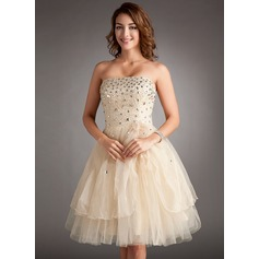 A-Line/Princess Strapless Knee-Length Tulle Homecoming Dress With Beading Flower(s) Cascading Ruffles
