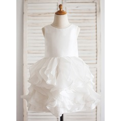 Ball Gown Knee-length Flower Girl Dress - Taffeta Sleeveless Scoop Neck