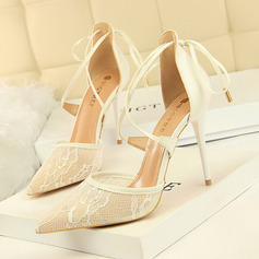 Women's Lace Spool Heel Closed Toe Pumps With Stitching Lace