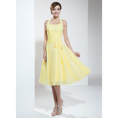 A-Line Halter Knee-Length Chiffon Homecoming Dress With Ruffle Bow(s) (022003360)