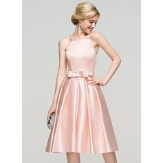 A-Line Square Neckline Knee-Length Satin Homecoming Dress With Bow(s) (022089918)
