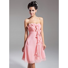 Empire Sweetheart Knee-Length Chiffon Homecoming Dress With Flower(s) Cascading Ruffles (022015082)