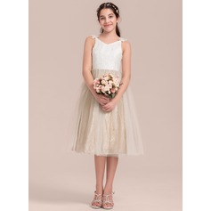 A-Line V-neck Knee-Length Tulle Junior Bridesmaid Dress