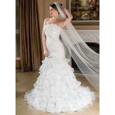 One-tier Pencil Edge Cathedral Bridal Veils