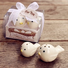 """Feathering the Nest"" Birds Salt and Pepper Shakers Wedding Favor (Set of 2)"
