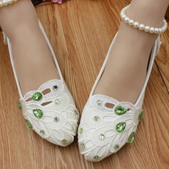 Women's Lace Leatherette Flat Heel Closed Toe With Imitation Pearl Rhinestone Applique