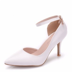 Women's Leatherette Spool Heel Closed Toe Pumps