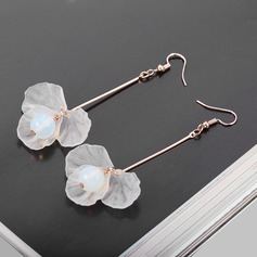 Unique Alloy With Imitation Pearl Lace Women's Fashion Earrings