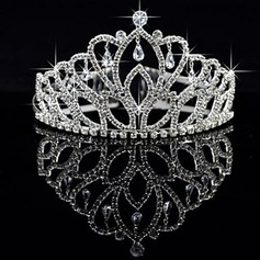 Women's Alloy Headpiece-Wedding Special Occasion Tiaras Bridal Party Supplies