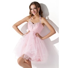 A-Line/Princess Halter Short/Mini Tulle Homecoming Dress With Ruffle Beading Sequins (022008942)