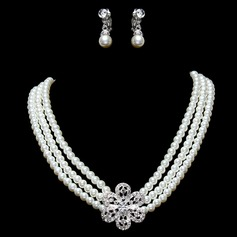 Elegant Alloy/Pearl With Rhinestone Ladies' Jewelry Sets (011016321)