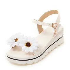 Женщины PU Вид каблука Сандалии Танкетка Открытый мыс Босоножки с Цветок обувь