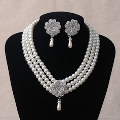 Charming Imitation Pearls Ladies' Jewelry Sets