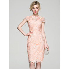 Sheath/Column Scoop Neck Knee-Length Lace Cocktail Dress (016081199)