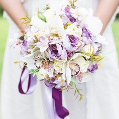 Blooming Free-Form Silk Flower Bridal Bouquets/Bridesmaid Bouquets -