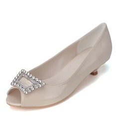 Vrouwen Patent Leather Kitten Hak Peep Toe Pumps met Gesp Strass
