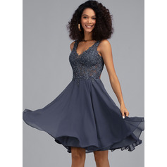 A-Line V-neck Knee-Length Chiffon Homecoming Dress With Beading (022203156)