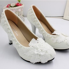 Women's Leatherette Spool Heel Closed Toe Pumps With Flower