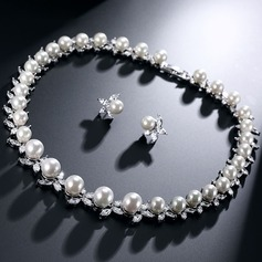 Ladies' Classic Pearl/Zircon Jewelry Sets For Bride/For Mother