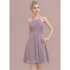 A-Line/Princess Scoop Neck Knee-Length Chiffon Cocktail Dress With Ruffle (016124641)
