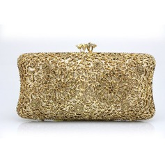 Charming PU Clutches/Wristlets (012105172)