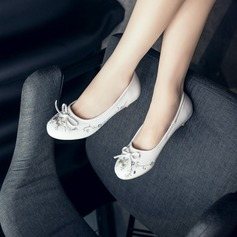 Women's Leatherette Low Heel Flats Closed Toe With Rhinestone Bowknot shoes