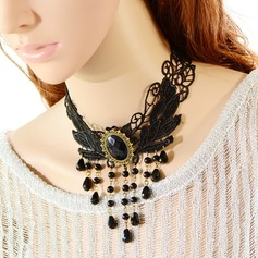 Fashional Resin Lace With Imitation Pearl Ladies' Fashion Necklace