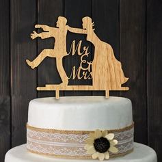 Classic Couple Wood Cake Topper (Set of 2)