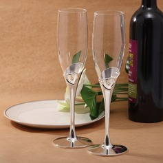 Heart design Lead-free Glass Toasting Flutes (Set Of 2)
