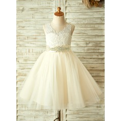 A-Line/Princess Scoop Neck Knee-Length Tulle Junior Bridesmaid Dress With Beading Bow(s) (009126264)