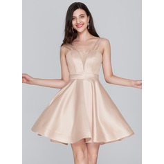 A-Line/Princess Sweetheart Short/Mini Satin Homecoming Dress