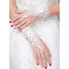 Lace/Knitting Wrist Length Bridal Gloves With Embroidery