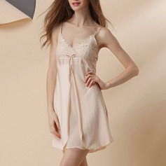 Polyester/Artificial Silk Bridal/Feminine/Fashion Sleepwear