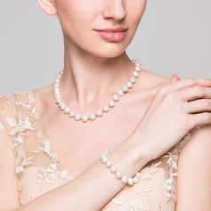 Luxurious Ladies' Jewelry Sets