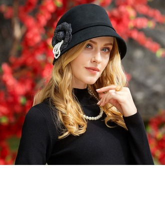 Ladies' Fashion Wool With Imitation Pearls Bowler/Cloche Hat