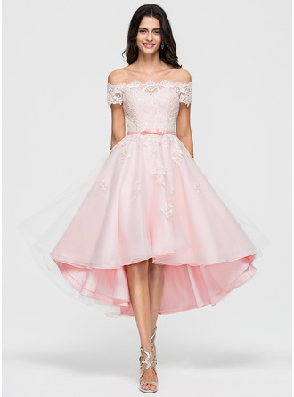 A-Line/Princess Off-the-Shoulder Asymmetrical Organza Homecoming Dress With Lace Beading Bow(s)