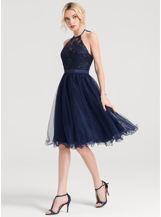 A-Line/Princess Halter Knee-Length Tulle Homecoming Dress With Sequins