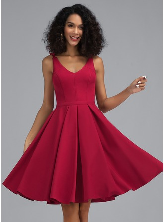 A-Line V-neck Knee-Length Stretch Crepe Homecoming Dress
