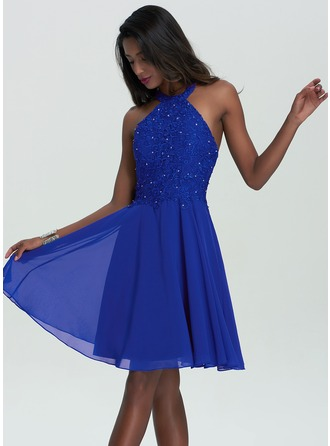 A-Line Halter Knee-Length Chiffon Homecoming Dress With Beading Sequins