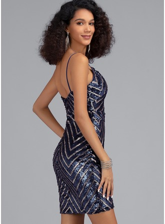 Sheath/Column V-neck Short/Mini Sequined Homecoming Dress