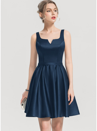 A-Line Square Neckline Short/Mini Satin Cocktail Dress With Pockets