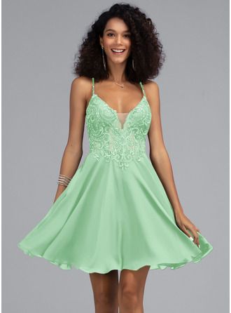 A-Line V-neck Short/Mini Chiffon Prom Dresses With Beading Sequins