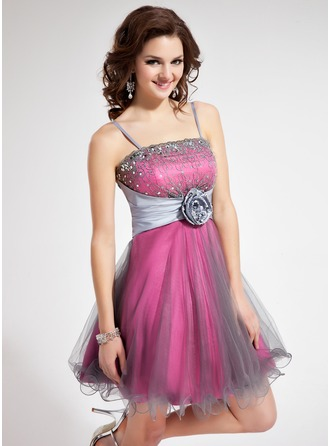 A-Line/Princess Short/Mini Taffeta Homecoming Dress With Lace Beading Flower(s) Sequins
