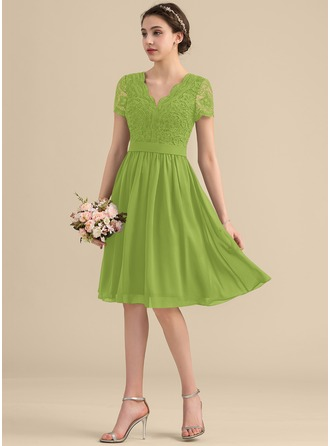 A-Line V-neck Knee-Length Chiffon Lace Homecoming Dress