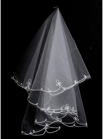 One-tier Scalloped Edge Waltz Bridal Veils With Applique