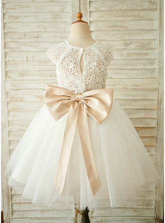 A-Line Knee-length Flower Girl Dress - Tulle/Lace Short Sleeves Scoop Neck With Sash/Bow(s) (Undetachable sash)