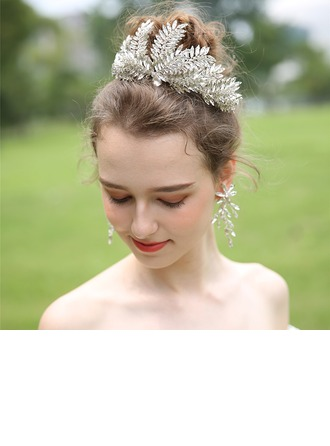 Ladies Beautiful Rhinestone/Alloy Tiaras With Rhinestone (Sold in single piece)
