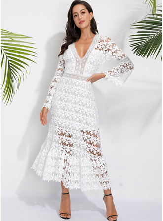 Lace Solid V-Neck Flare Sleeve Long Sleeves Midi Dresses
